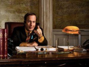 Saul Goodman穿橘色及黑色