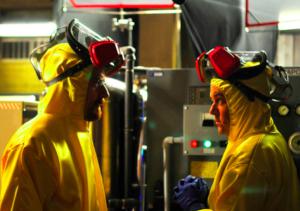 劇中黃色常與毒品連結