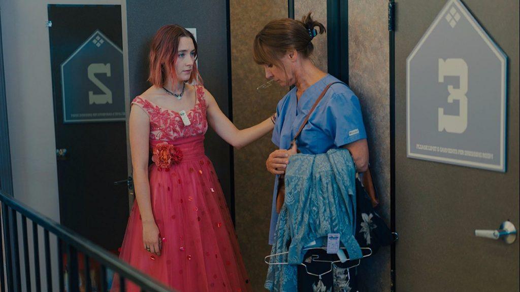 【電影影評】《淑女鳥Lady Bird》:平凡的題材,不平凡的故事